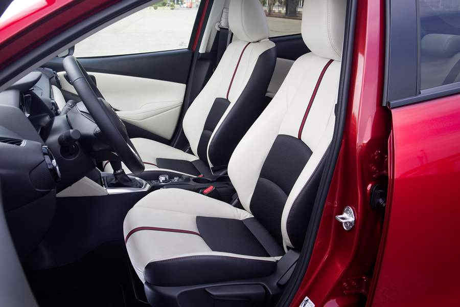 Photo of Mazda2 2015 foto interni abitacolo