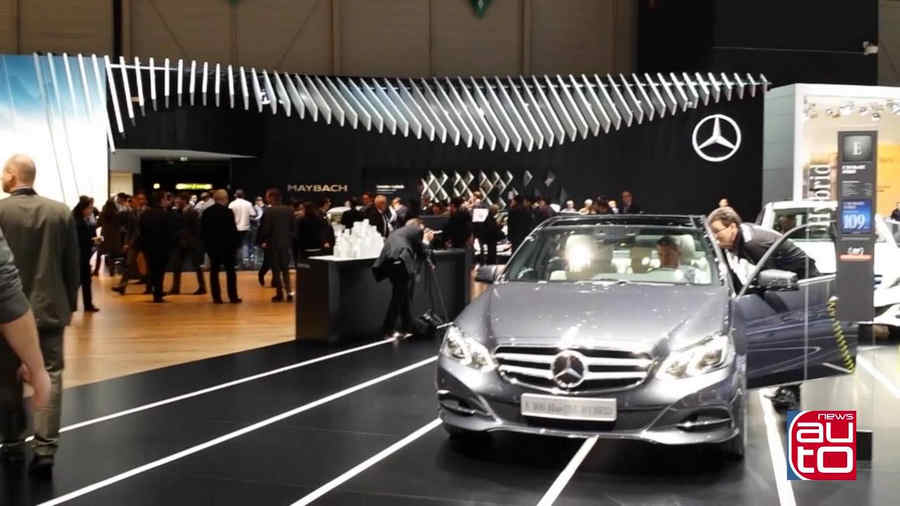 Photo of Mercedes Stand a Ginevra 2015