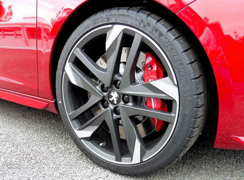 Peugeot 308 GTi (11)