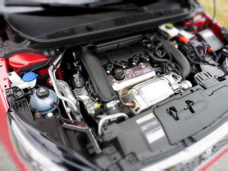 Peugeot 308 GTi (13)