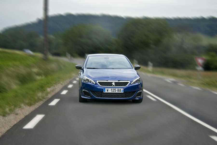 Photo of Nuova Peugeot 308 GTi by Peugeot Sport PROVA