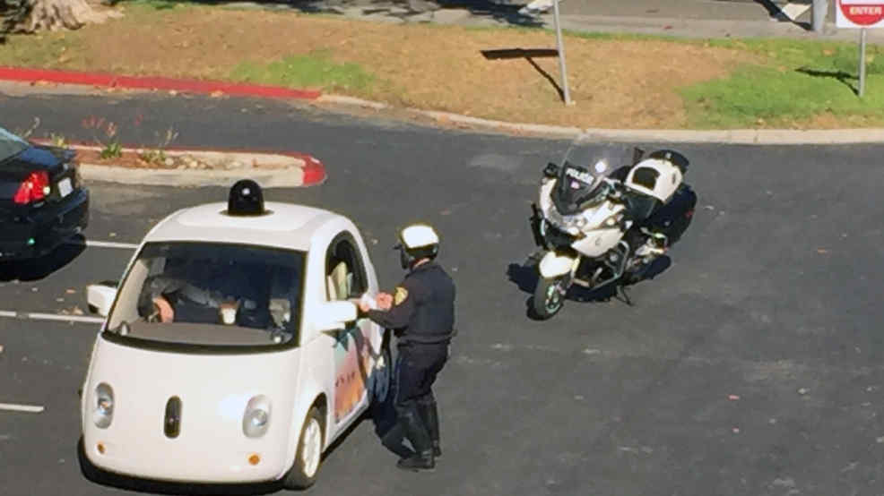 Photo of GOOGLE CAR MULTATA DALLA POLIZIA?