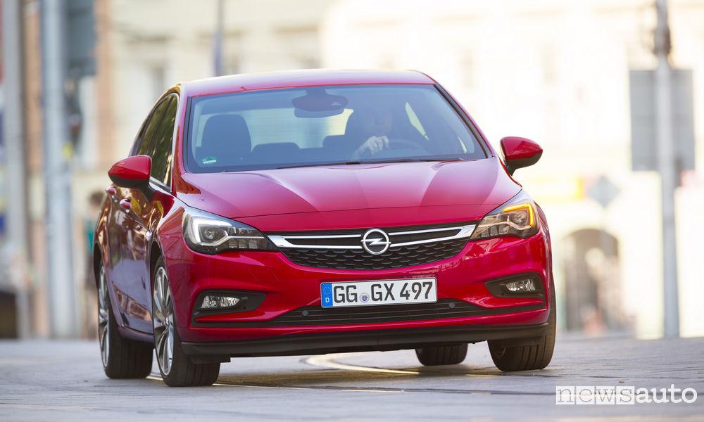 Photo of Le foto della nuova Opel Astra