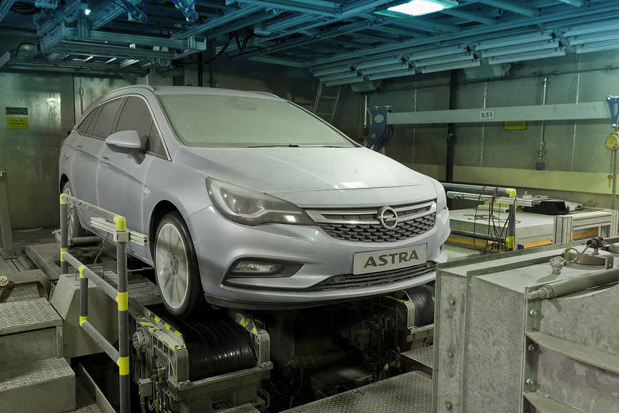 Photo of OPEL ASTRA TEST STRESS TERMICO