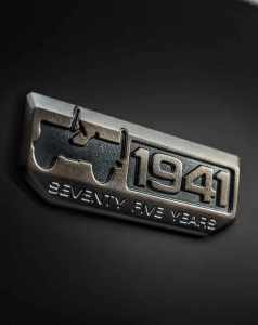 jeep-badge-75th-anniversary