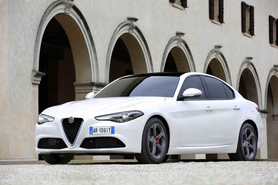 Alfa-Romeo-Giulia-26