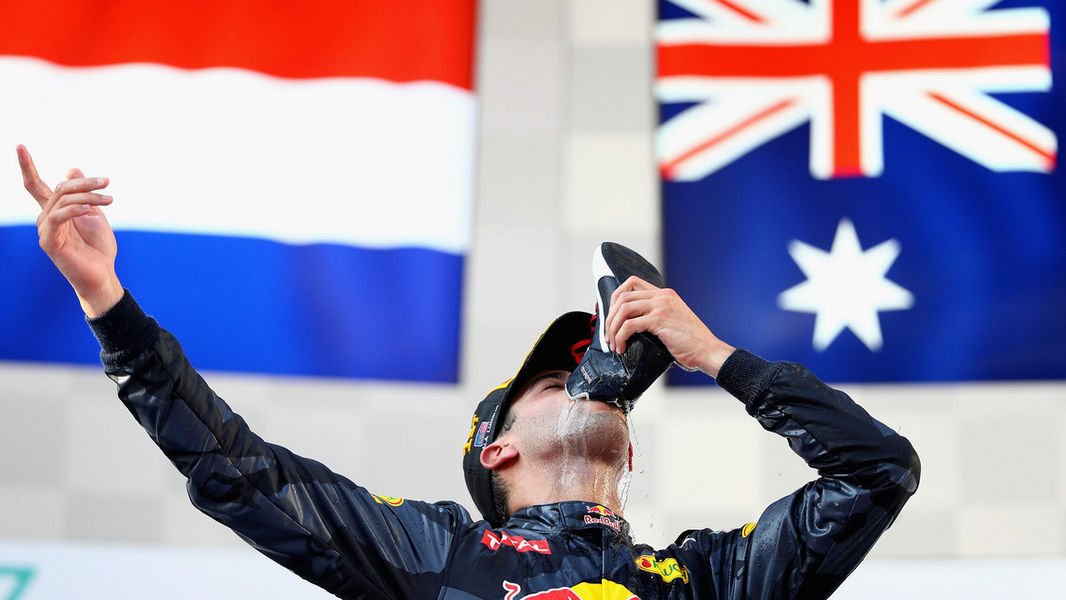 Photo of F1 Gp Malesia Doppietta Red Bull