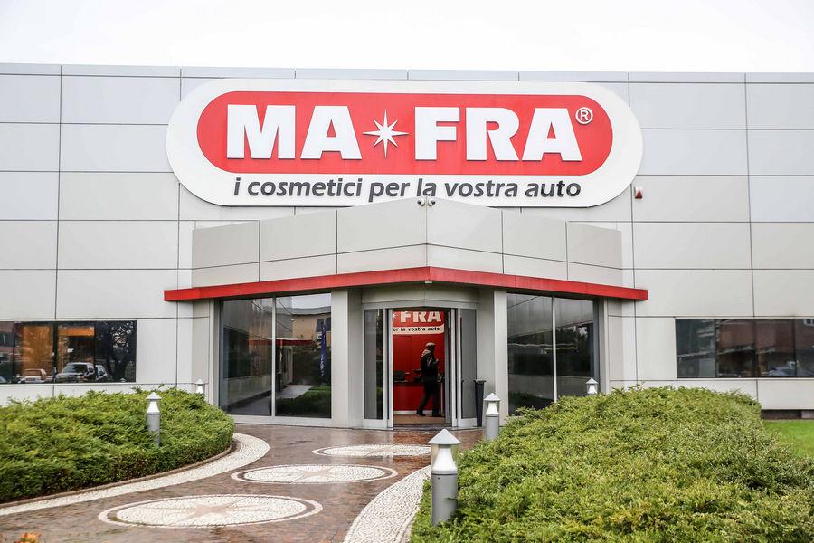 ma-fra-cura-pulizia-auto-15
