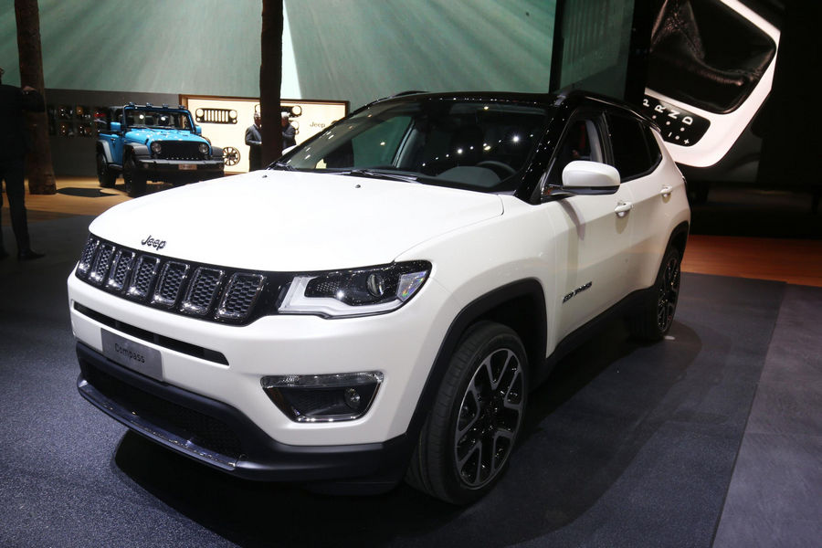 Photo of Jeep Compass Visualiser App