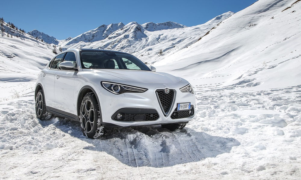Photo of Alfa Romeo Stelvio Due Nuovi Motori