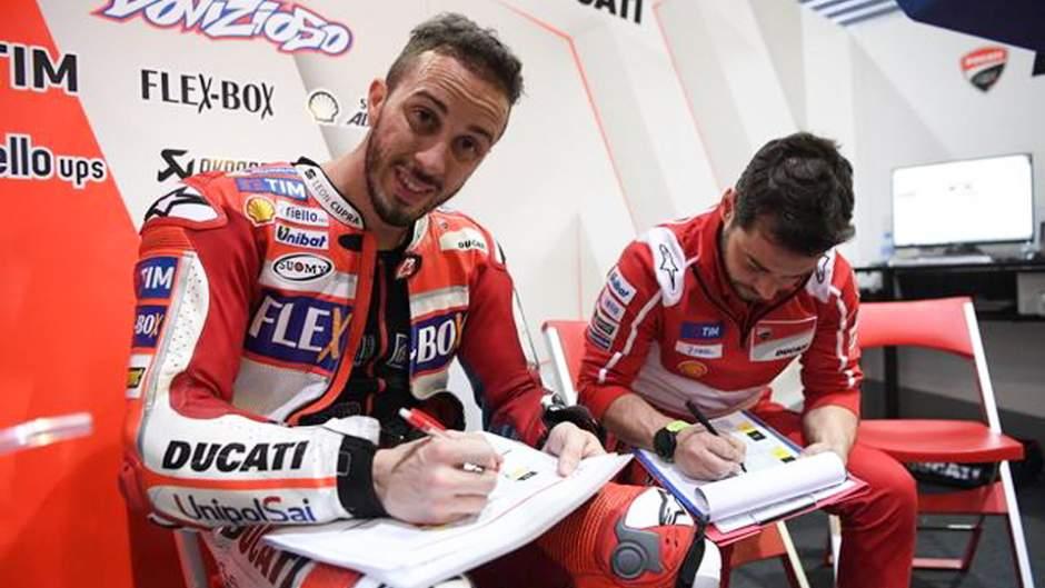 Andrea_Dovizioso_Ducati_Box_Autografi