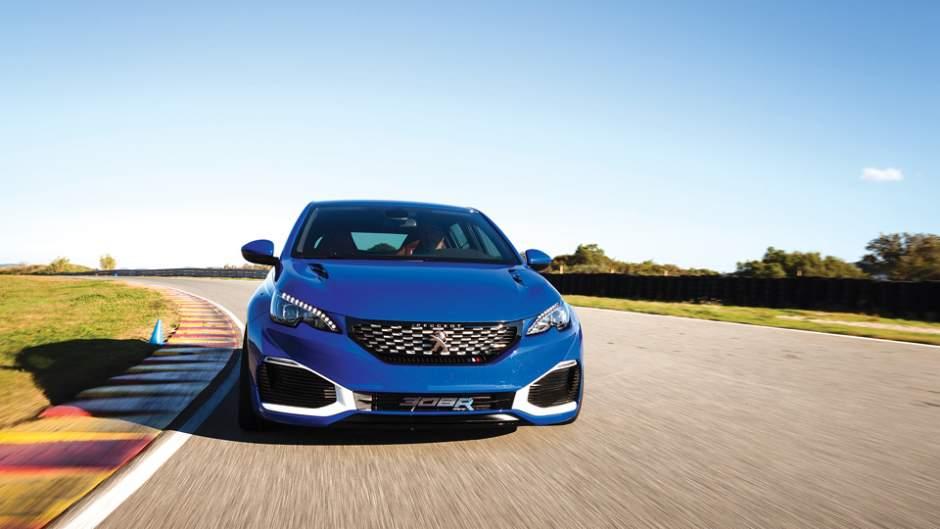 Peugeot_308R_Hybrid_TestDrive_01