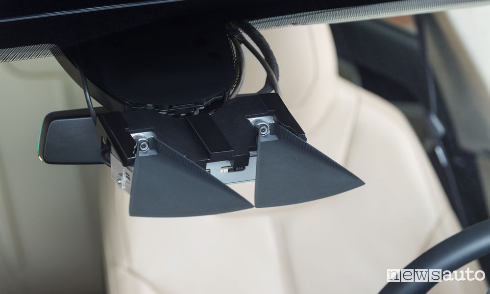bosch-guida-autonoma-svc2-tesla