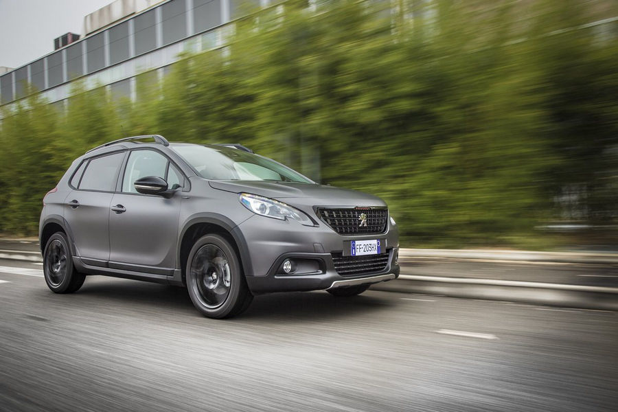 peugeot-suv-2008-black-matt-12