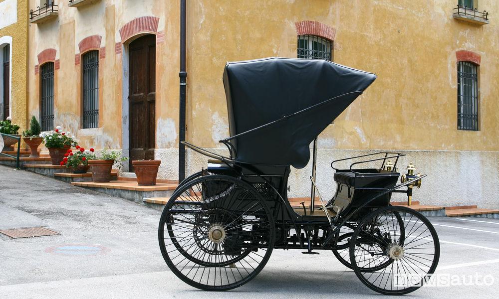 Prima auto in Italia Peugeot Type 3 n.25 del 1893