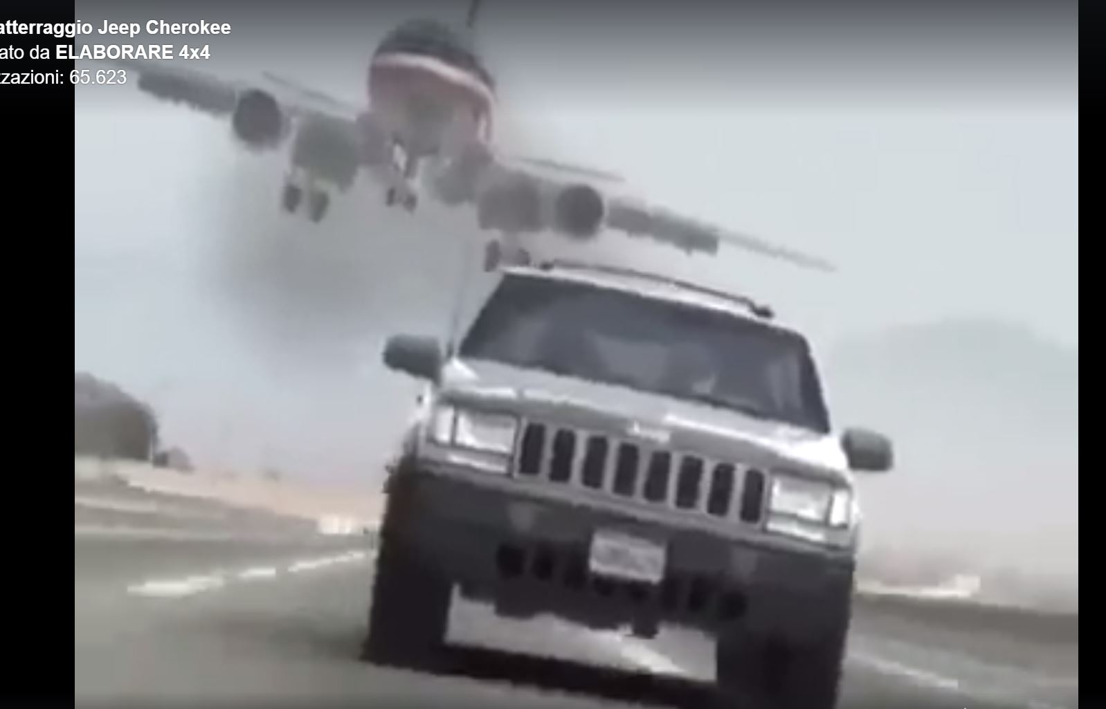 Photo of Aereo che atterra in autostrada su una Jeep!!!