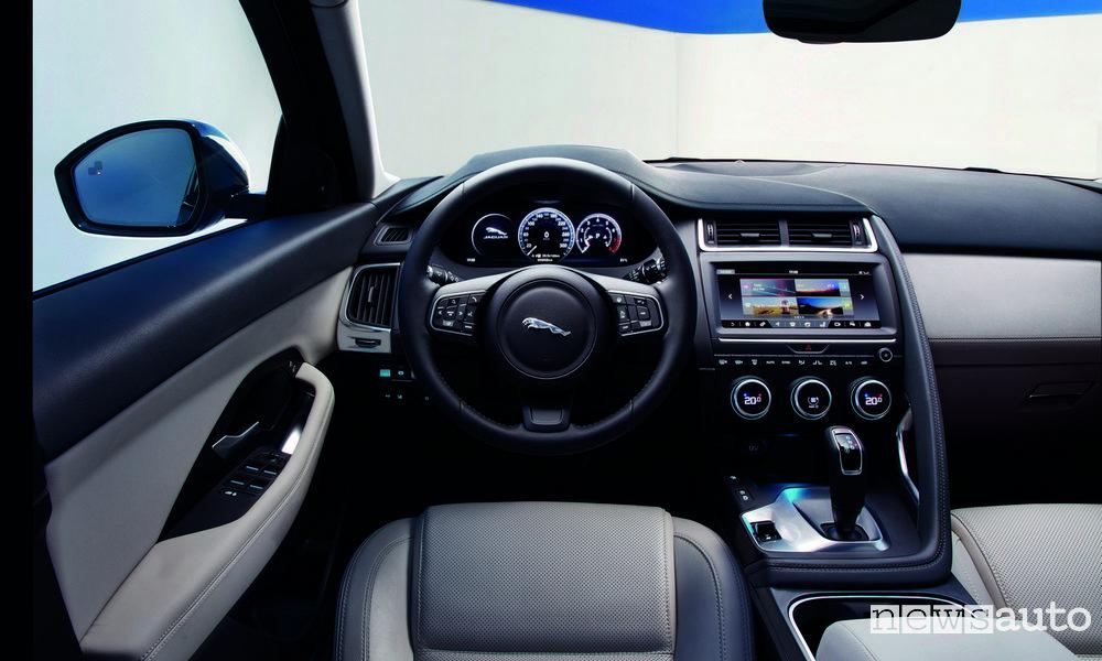 10 SUV più venduti in Italia nel 2018 Jaguar E-Pace interni