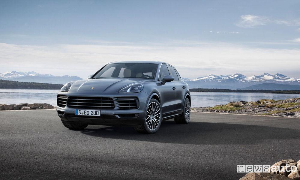 Photo of Le foto della nuova Porsche Cayenne