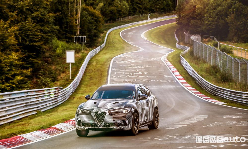 Record Nurburgring Alfa Romeo Stelvio Quadrifoglio