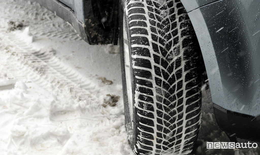 Obbligo cambio pneumatici invernali
