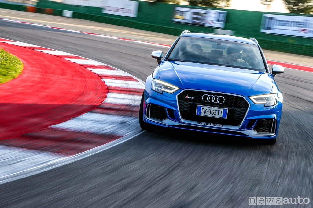 Audi RS 3 prova in pista