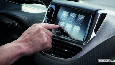 Photo of Auto connesse PSA ai Mobility Talks