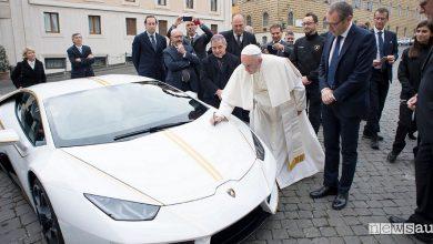 Photo of Lamborghini donata al Papa, all'asta per beneficenza