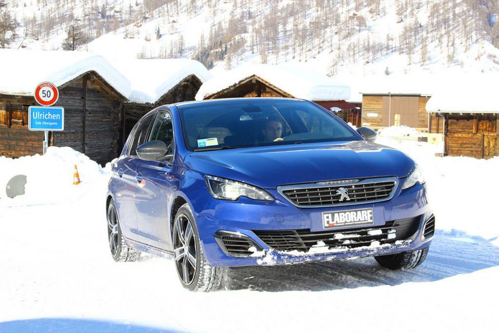 Test pneumatici invernali handling su neve Pneumatici invernali o catene in Veneto dove e quando (Peugeot 308 GT in foto)