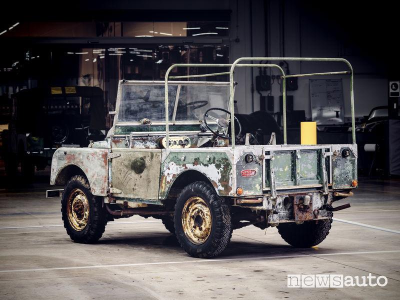 restauro auto d'epoca Land Rover 1948