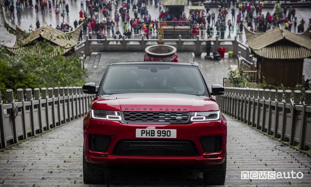 Range Rover Sport PHEV Tianmen Mountain Road