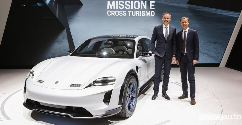 Photo of Porsche Mission E Cross Turismo