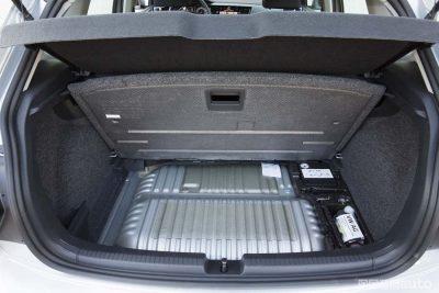 VW-Polo-TGi-metano-2018-bagagliaio bombole