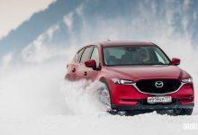 Mazda CX-5 test drive sul ghiaccio sul lago di Baikal