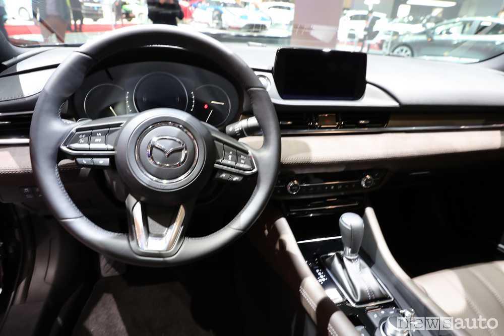 Mazda Ginevra 2018 Mazda6
