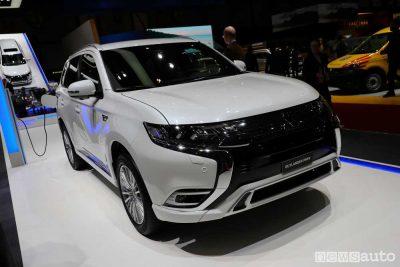 Mitsubishi Ginevra 2018 Nuovo Outlander PHEV