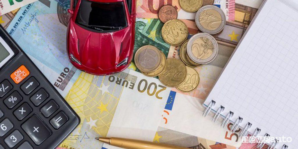 Tasse auto automobilisti tartassati bollo auto agenzia dell'entrate