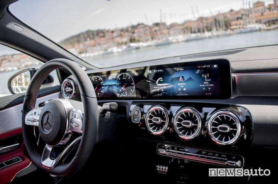 Mercedes-Benz AMG GT R PRO 2019 MBUX