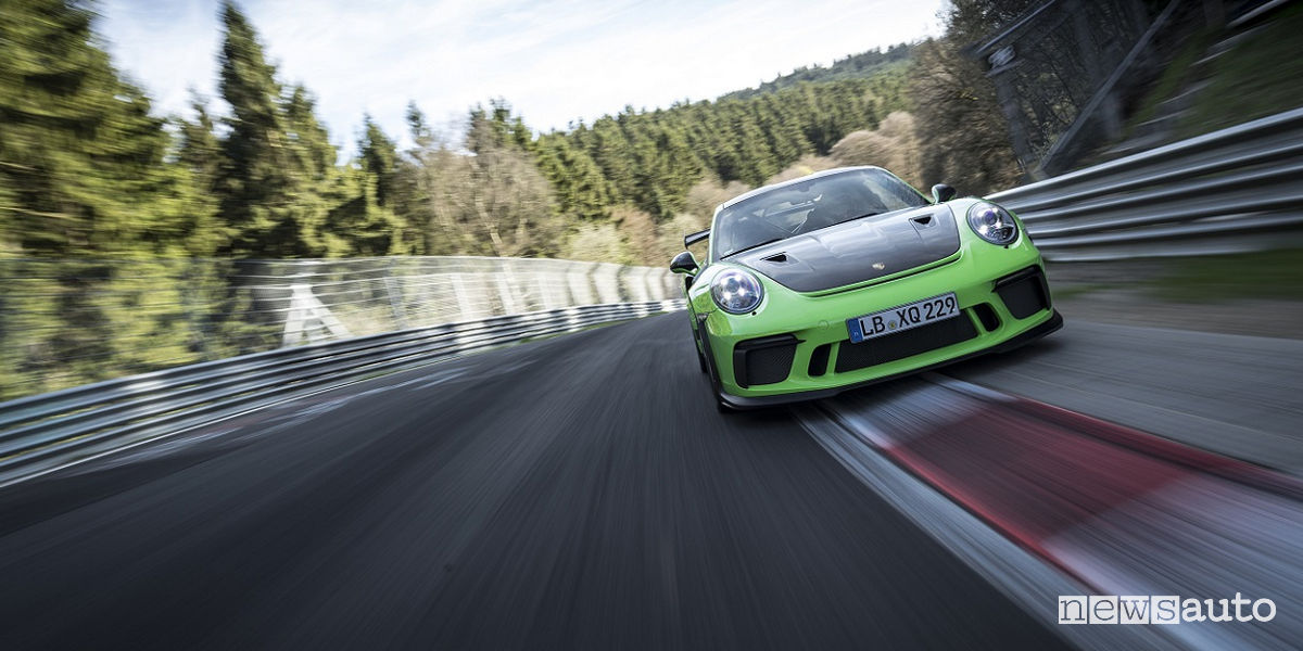 Record Nurburgring Porsche 911 GT3 RS