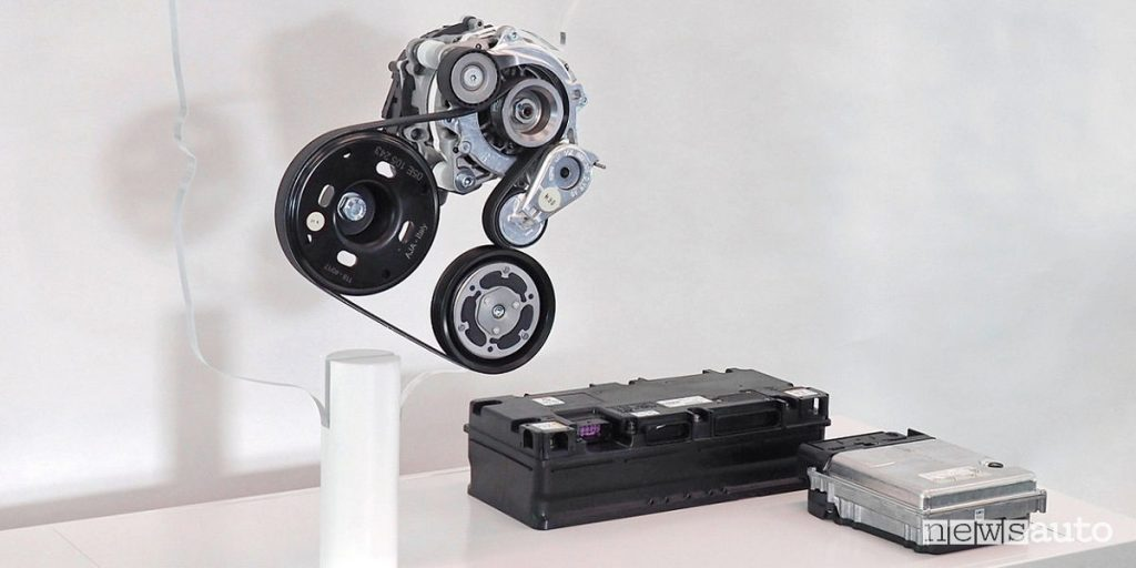 Sistema completo mild-hyrbod composto da alternatore reversibile Mild Hybrid 48V, batteria e centralina di gestione Volkswagen Golf 8