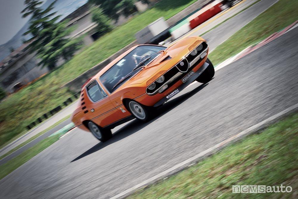 Alfa Romeo Montreal 2.6 V8 la prova in pista - NEWSAUTO.it
