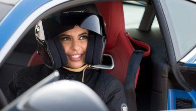 Donna al volante divieto di guida arabia