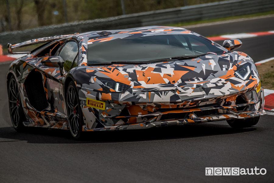 Lamborghini Aventador SVJ camouflage record al Nurburgring 2018
