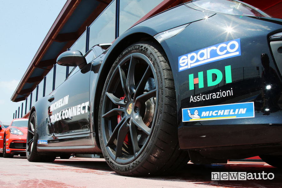 Pilot Sport Cup 2 Connect pneumatici collegati all'App con pressione e temperatura in tempo reale