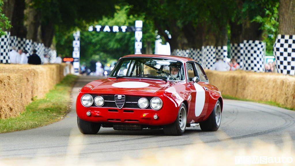 auto storiche da corsa alfa romeo 1750 gt am goodwood festival