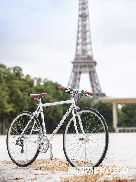 Biciclette Peugeot Legend LR01 Parigi Torre Eiffel