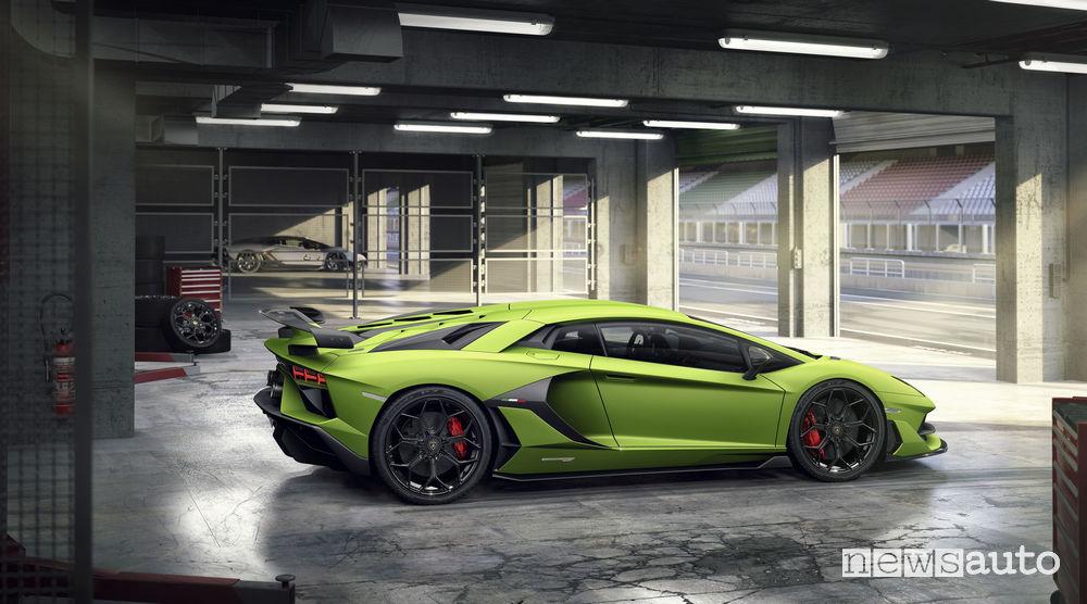 Lamborghini_Aventador SVJ laterale