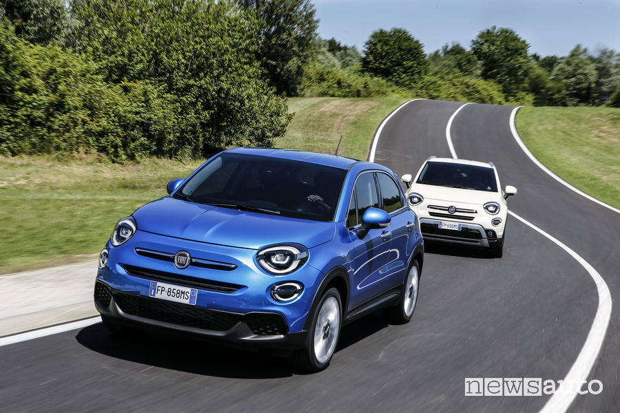 Nuova Fiat_500X 2019, vista frontale Urban e City Cross