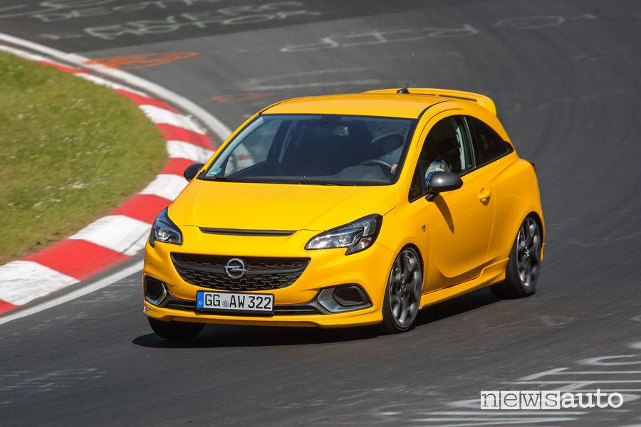Opel_Corsa GSi 2019 in pista al Nürburgring-Nordschleife