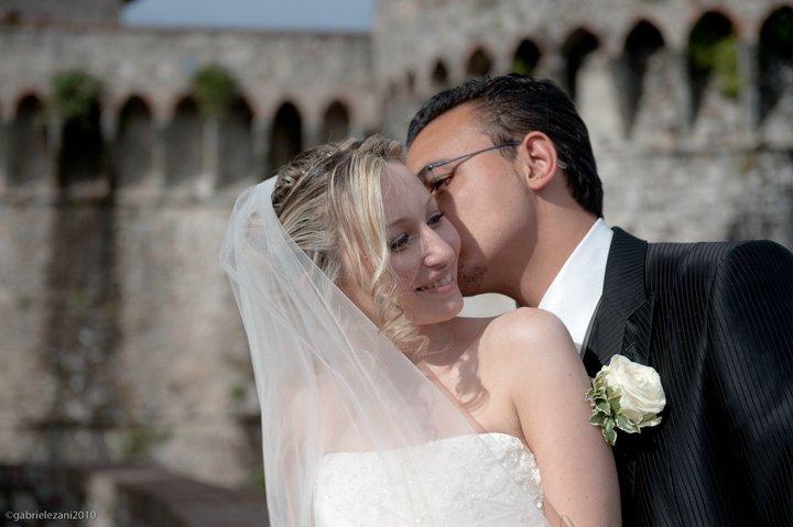 Luca Tronconi con Claudia vittime del furto auto in autostrada