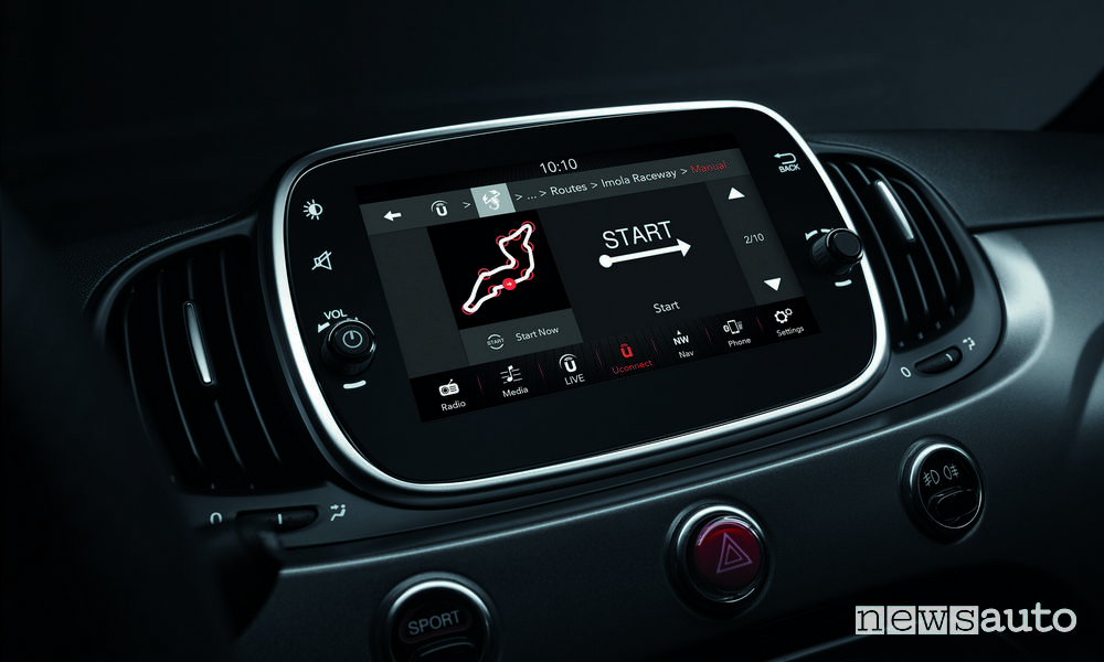 """Abarth 595_2019 Pista, Abarth Telemetry Uconnect 7"""" HD"""